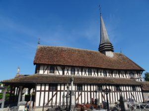 Superbe église à pans de bois de Lentilles (lac du Der)