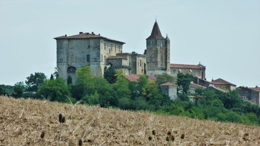 Village fortifié de Lavardens